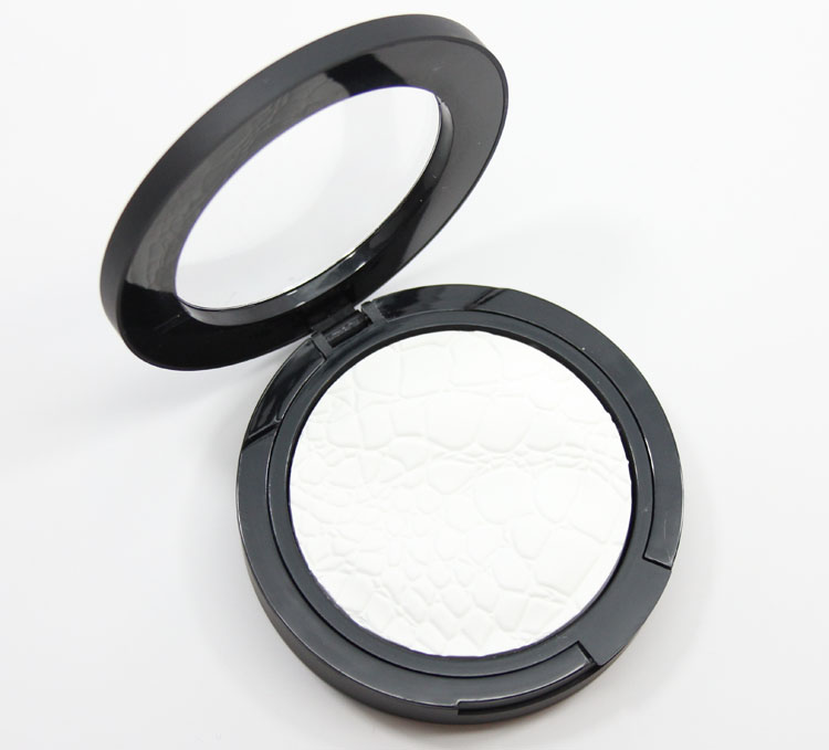 Sonia Kashuk Chic Luminosity Glow Powder