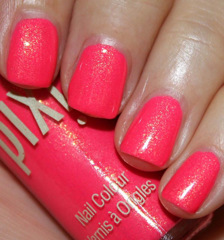 Pixi Nail Colour Fuchsia Dew