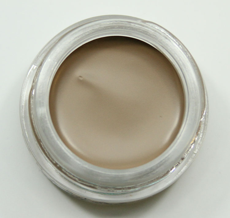 Anastasia DipBrow Pomade in Taupe-2
