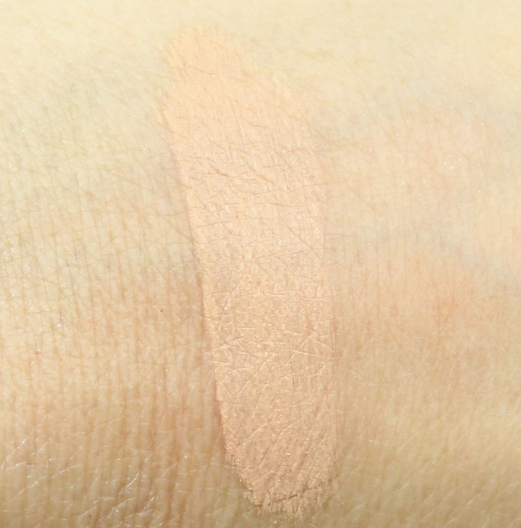 Maybelline Instant Age Rewind Light Pale Swatch