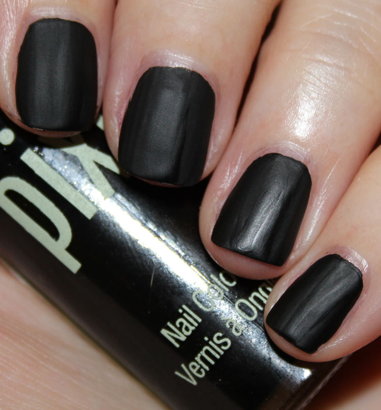 Pixi Nail Colour Matte Black