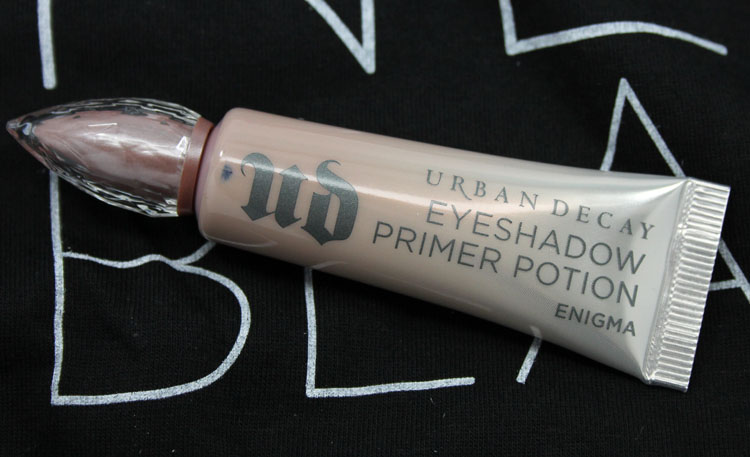 Urban Decay Eyeshadow Primer Potion Enigma-2