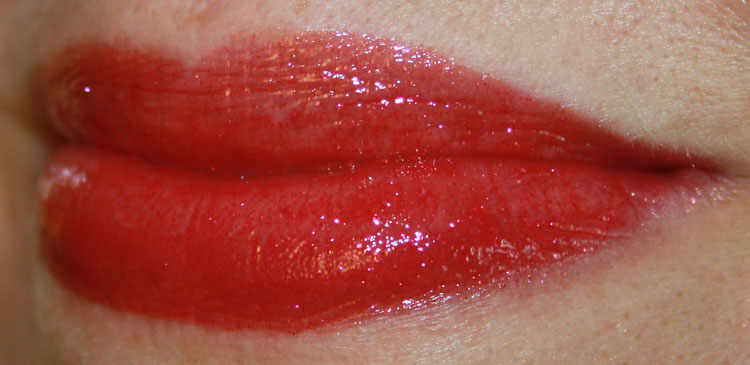 Urban Decay Revolution High-Color Lipgloss Assassin