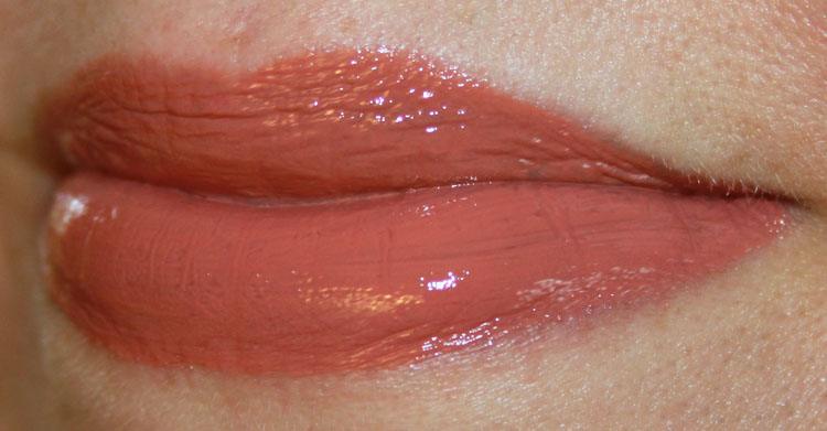 Urban Decay Revolution High-Color Lipgloss Liar