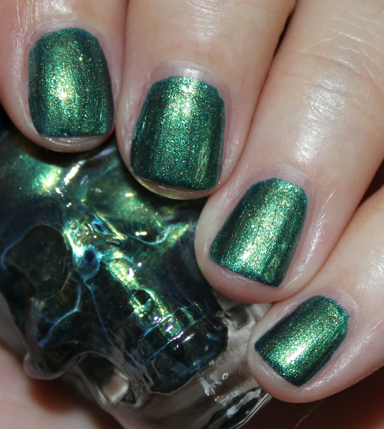 Blackheart Beauty Green Yellow Shimmer