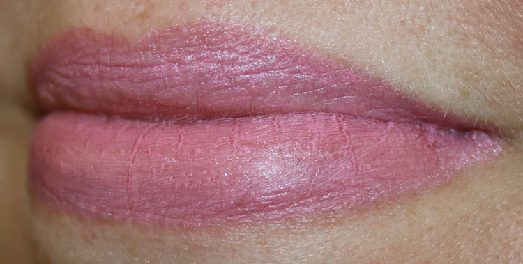 MAC Velvetease Lip Pencil Tease Me