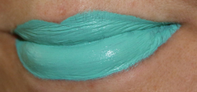 Jeffree Star Velour Liquid Lipstick Breakfast At Tiffan'ys Lip Swatch