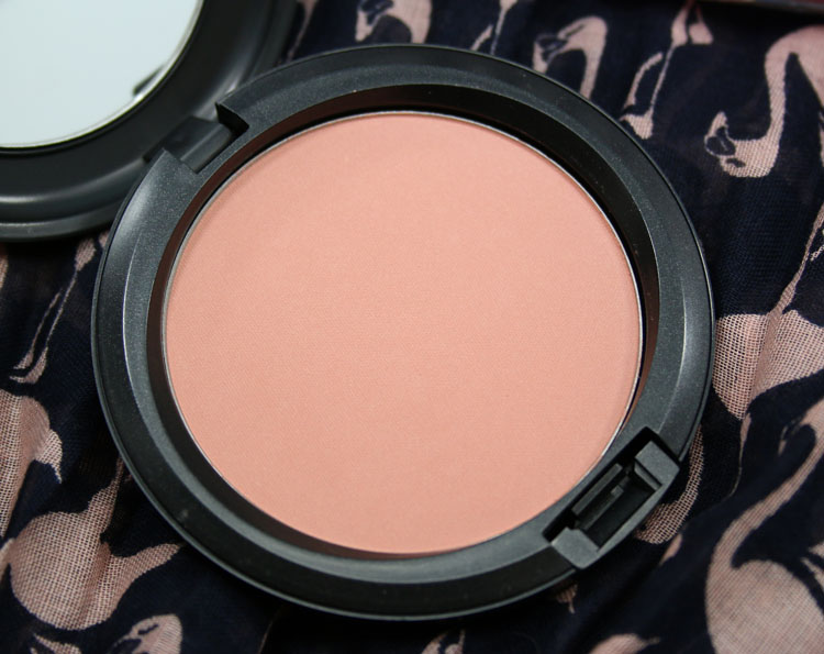 MAC Flamingo Park Beauty Powder