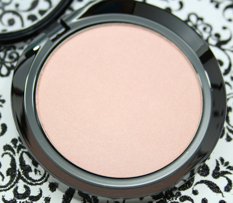 LORAC Illuminating Highlighter Moonlight