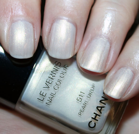 chanel-pearl-drop