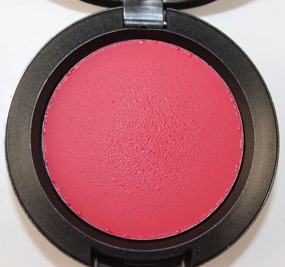 mac-stylishly-yours-cream-colour-base-movie-star-red