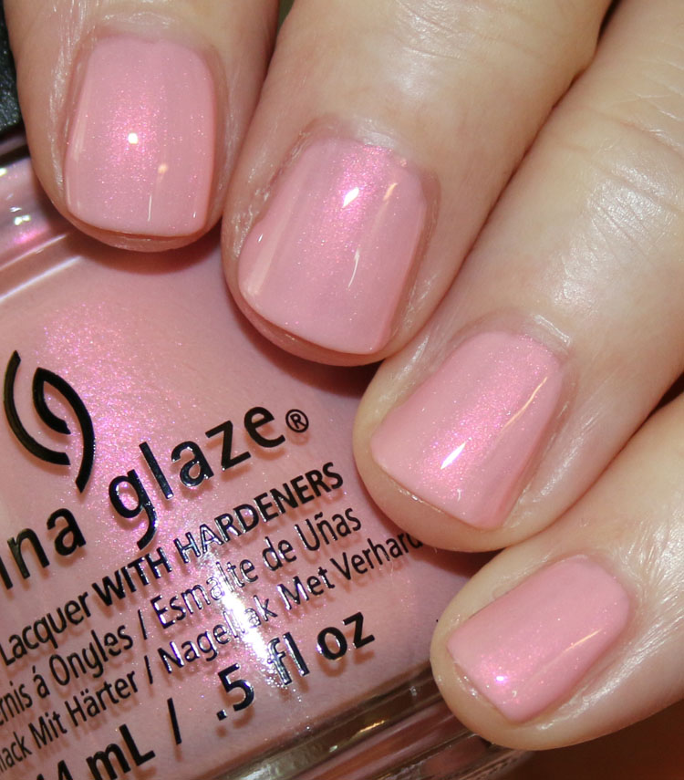 China glaze seas and greetings holiday 2016 vampy varnish china glaze eat pink be merry m4hsunfo