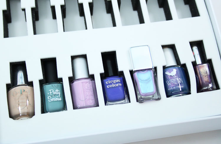 Color Clutch Compact Nail Polish Storage