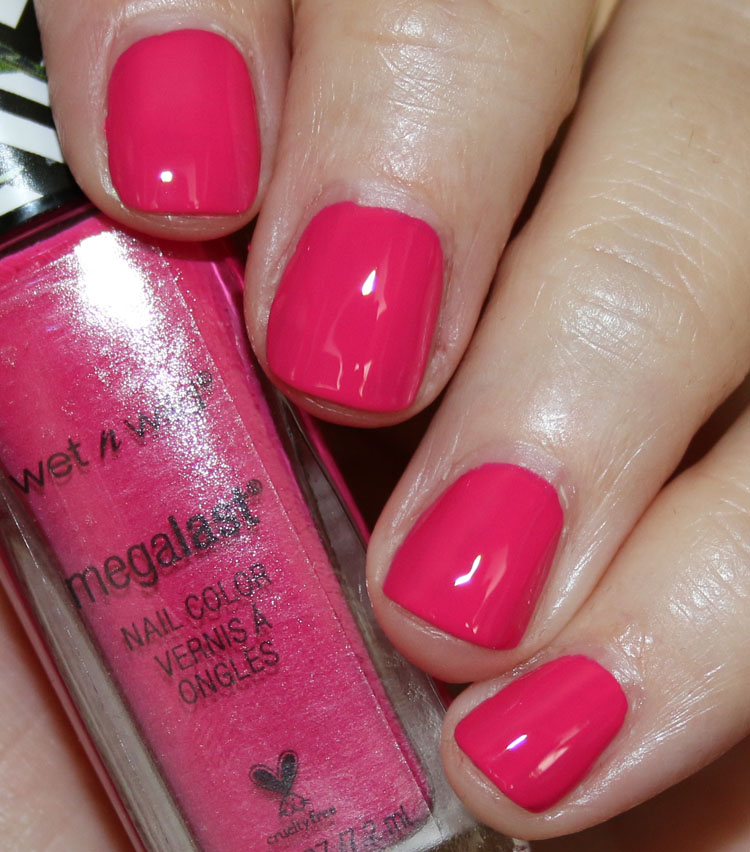 Wet n Wild MegaLast Nail Color Bird In Bloom