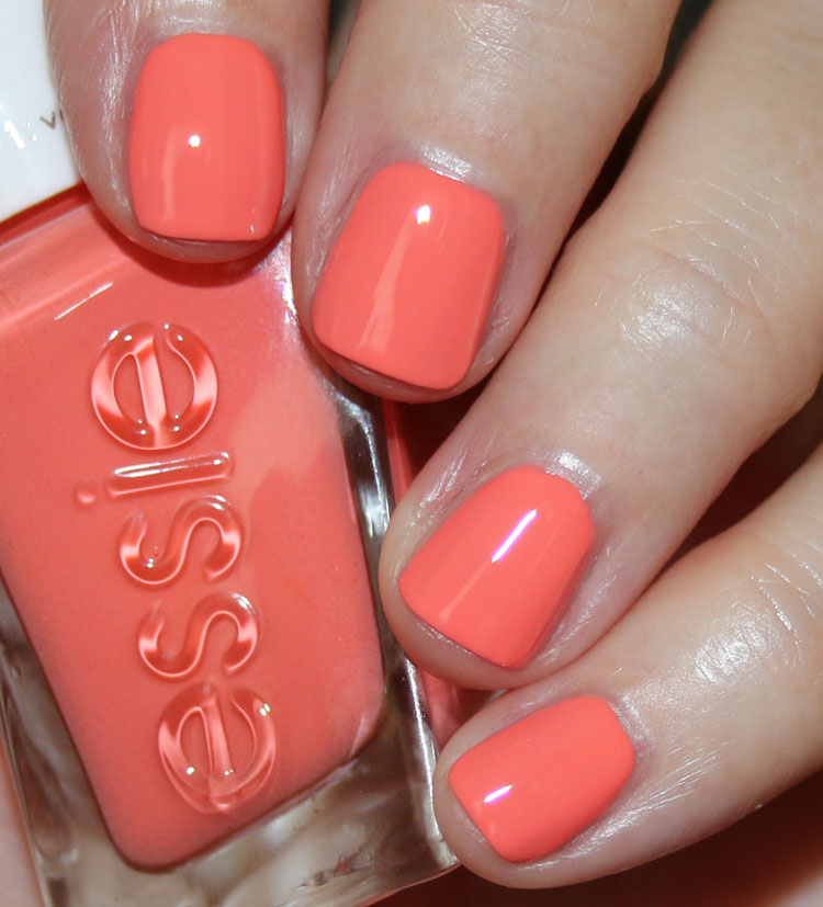 essie Gel Couture Exhibit A-Line