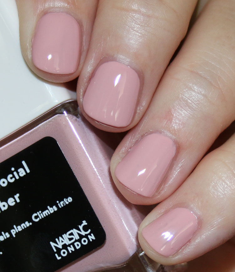Nails inc. Anti Social Climber