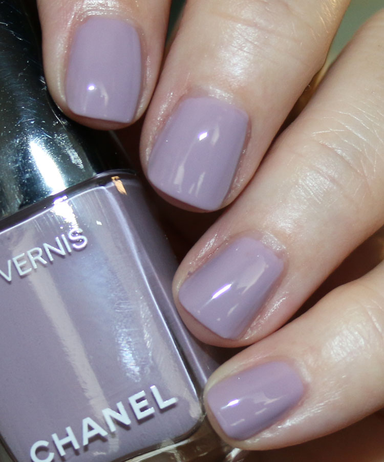 Chanel Le Vernis Purple Ray