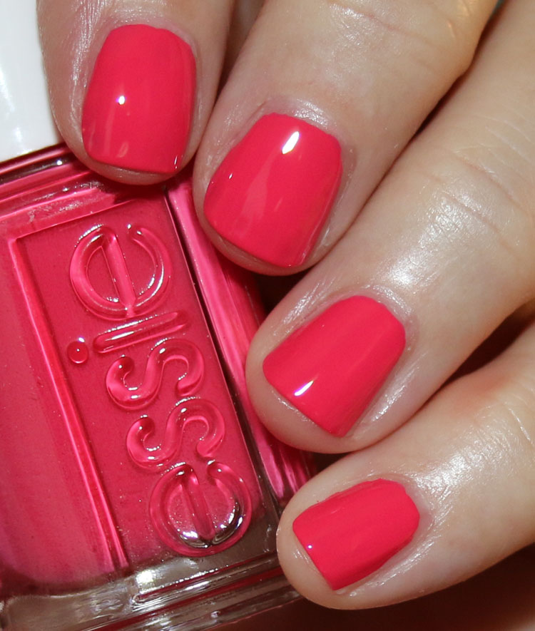essie rocky rose summer 2019 collection | Vampy Varnish